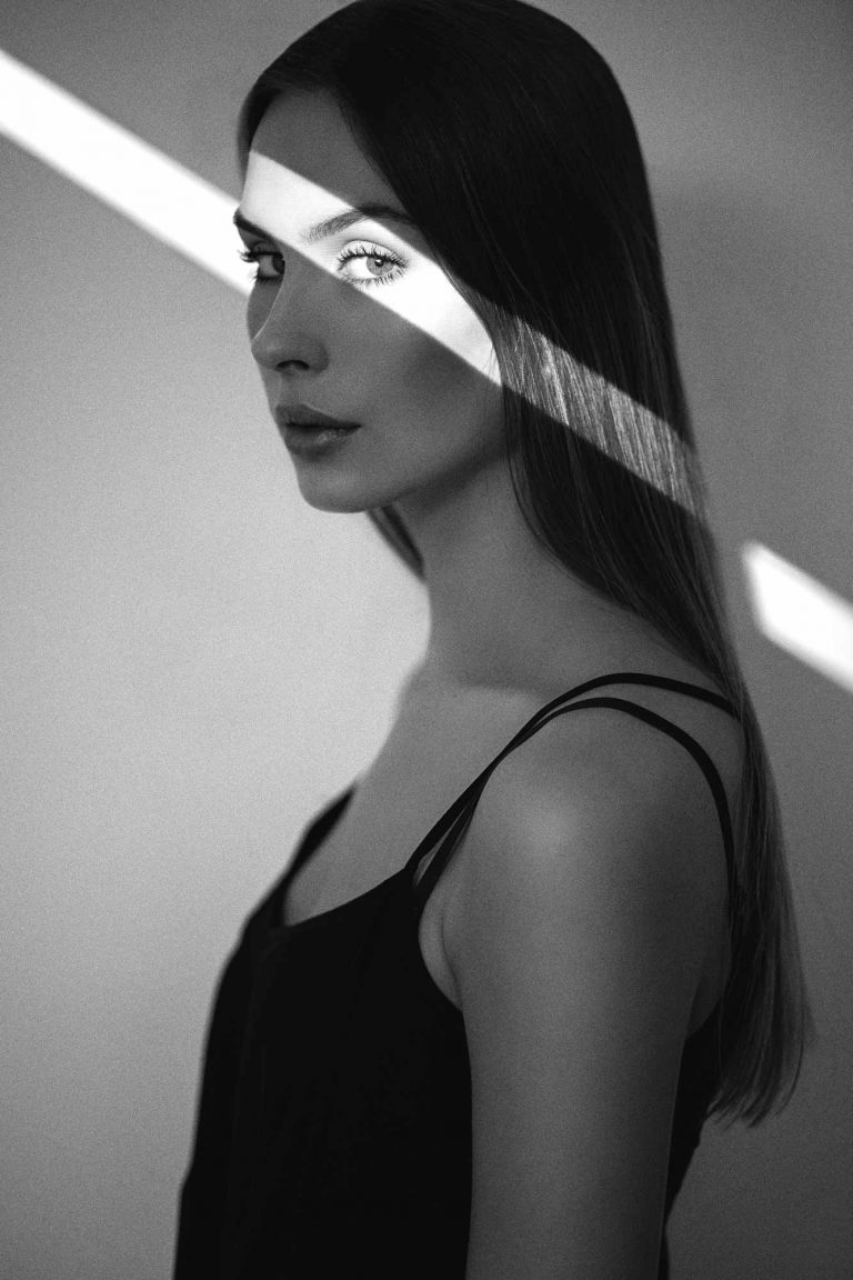 Beamer Studio Fotoshooting Portrait Model Frau
